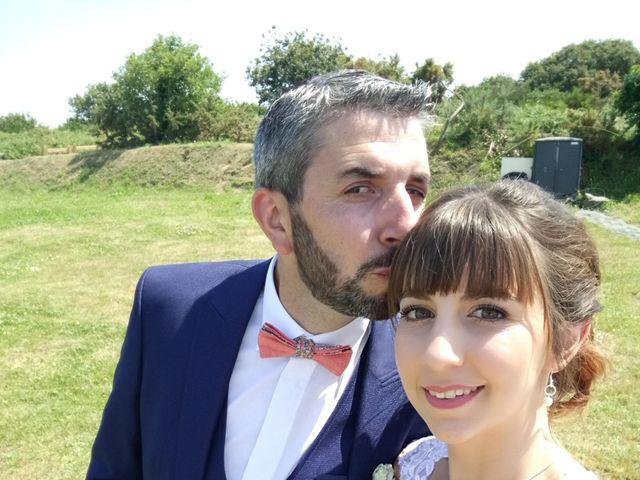 Le mariage de  Loïc   et Charlène   à Plouézec, Côtes d'Armor 16