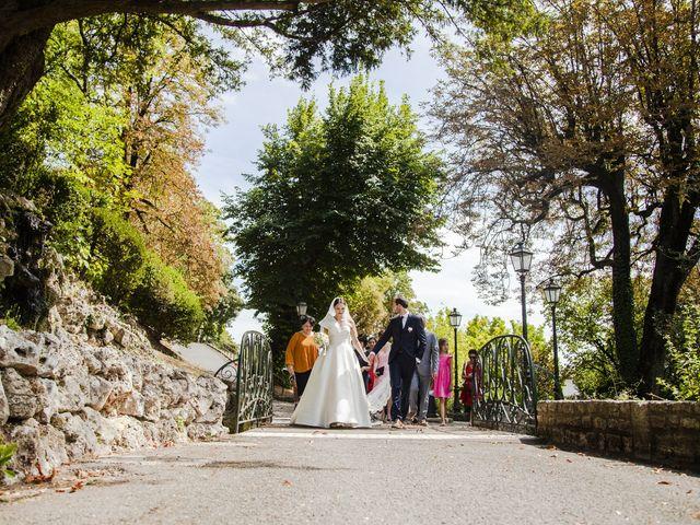 Le mariage de Julien et Coraline à Angoulême, Charente 44