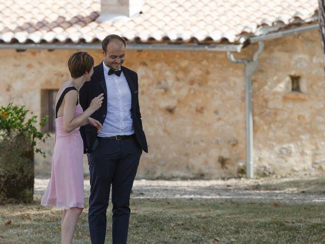 Le mariage de Julien et Coraline à Angoulême, Charente 65