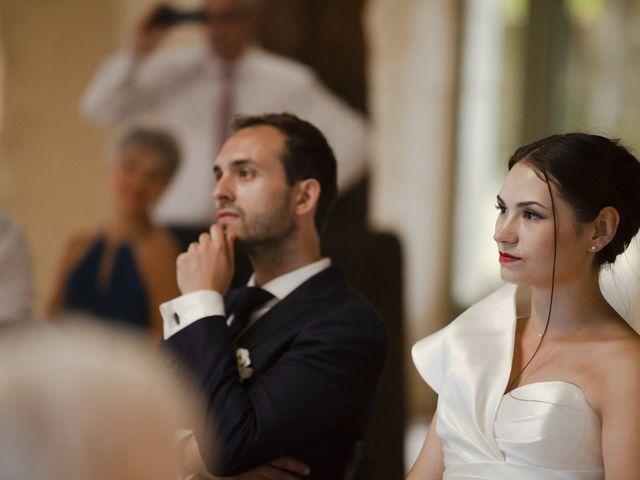 Le mariage de Julien et Coraline à Angoulême, Charente 82