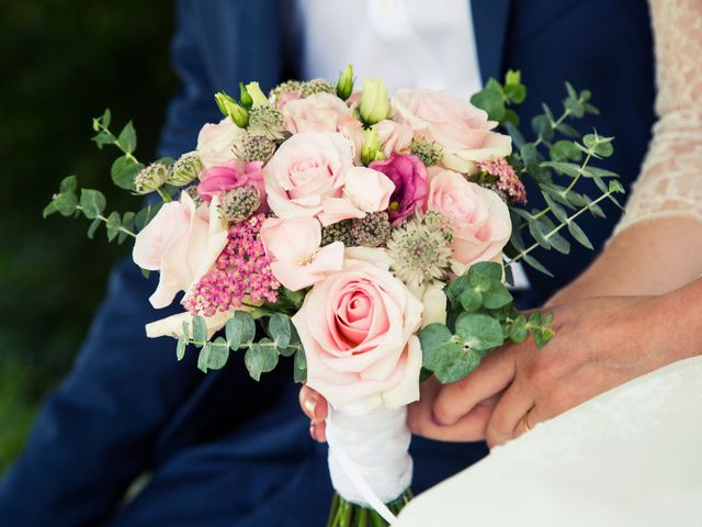 Le mariage de Denis et Lucie à Neuville-sur-Ain, Ain 21