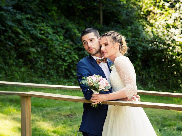 Le mariage de Denis et Lucie à Neuville-sur-Ain, Ain 23