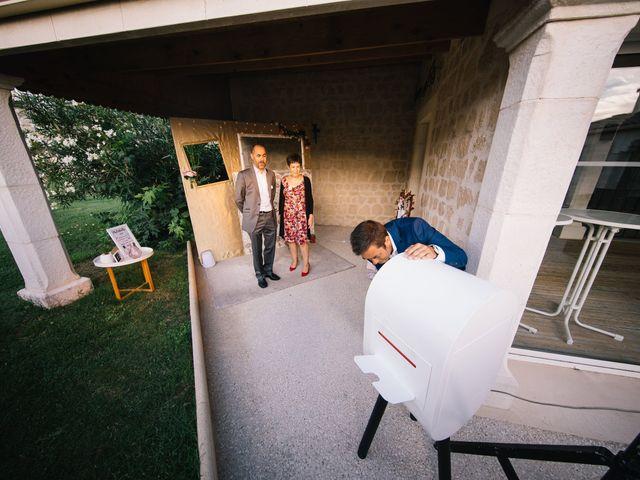 Le mariage de Thibault et Alexia à Saint-Palais-sur-Mer, Charente Maritime 32