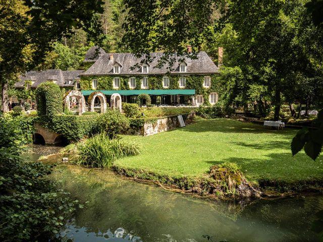 Le mariage de Timothée et Caroline à Saint-Amand-de-Coly, Dordogne 5