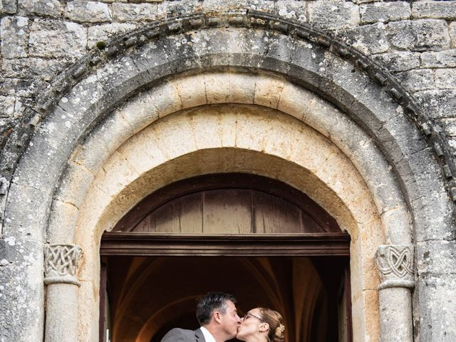 Le mariage de Timothée et Caroline à Saint-Amand-de-Coly, Dordogne 7
