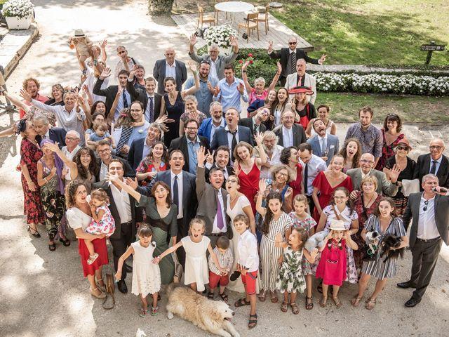 Le mariage de Timothée et Caroline à Saint-Amand-de-Coly, Dordogne 15