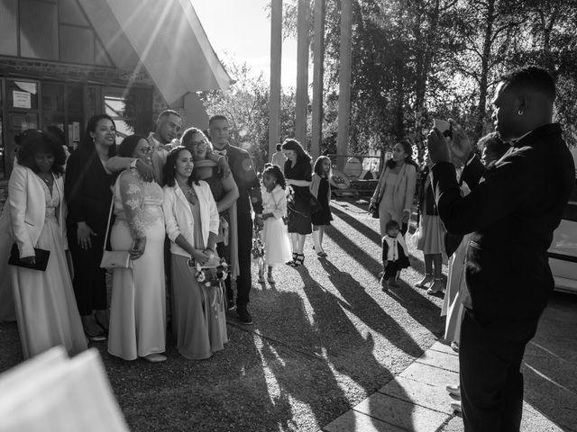 Le mariage de Mickaël et Florence à Baraqueville, Aveyron 6