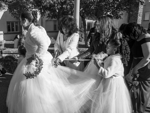 Le mariage de Mickaël et Florence à Baraqueville, Aveyron 7