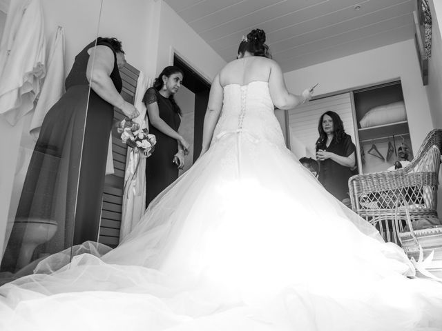 Le mariage de Mickaël et Florence à Baraqueville, Aveyron 15