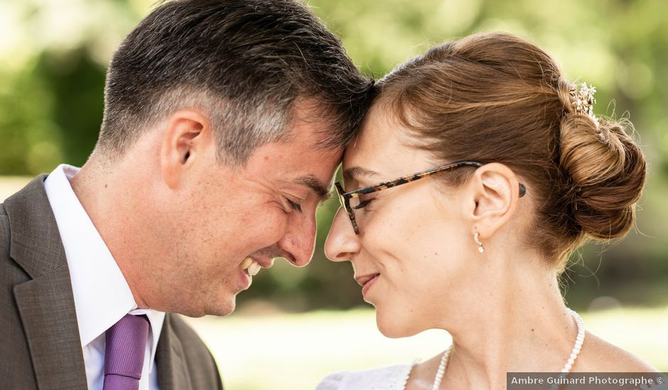 Le mariage de Timothée et Caroline à Saint-Amand-de-Coly, Dordogne