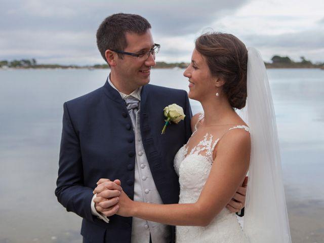 Le mariage de Manon et Pierre à Saint-Avé, Morbihan 17
