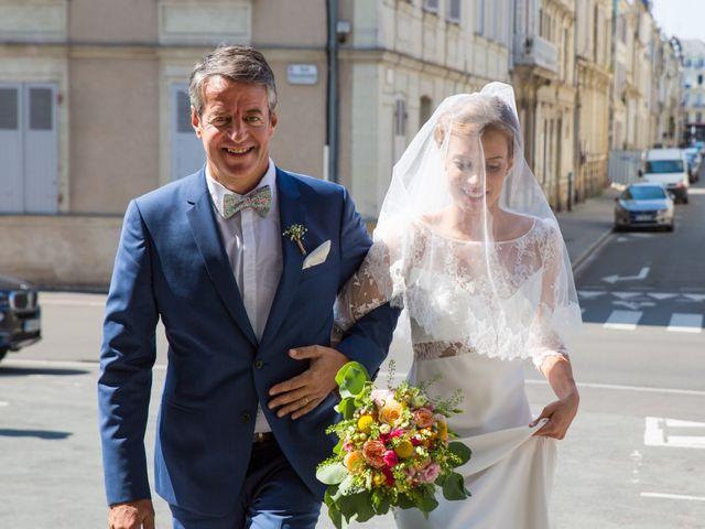 Le mariage de Guillaume et Mathilde à Bécon-les-Granits, Maine et Loire 35