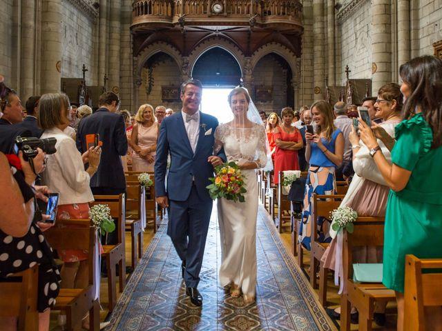 Le mariage de Guillaume et Mathilde à Bécon-les-Granits, Maine et Loire 37