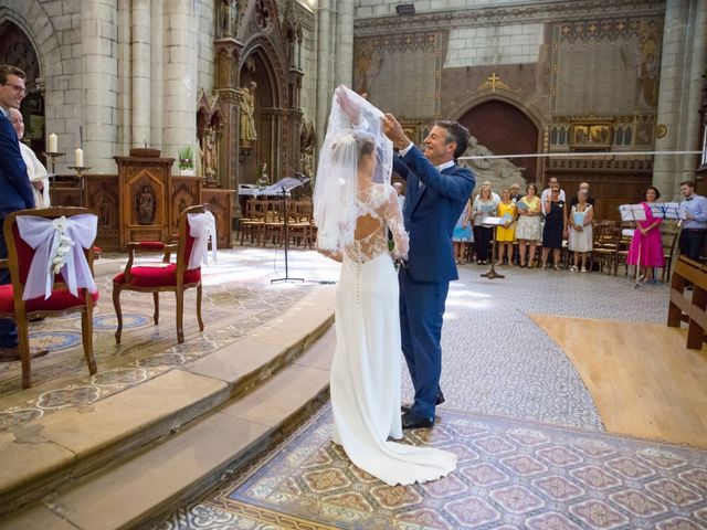 Le mariage de Guillaume et Mathilde à Bécon-les-Granits, Maine et Loire 40