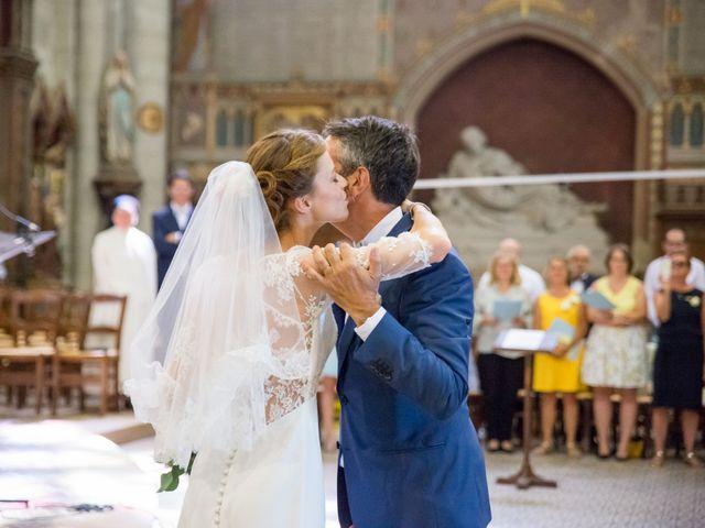 Le mariage de Guillaume et Mathilde à Bécon-les-Granits, Maine et Loire 41