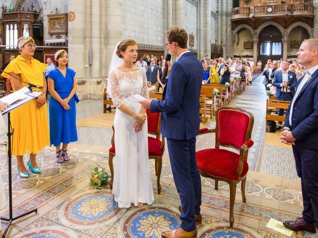 Le mariage de Guillaume et Mathilde à Bécon-les-Granits, Maine et Loire 48