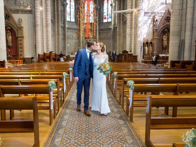 Le mariage de Guillaume et Mathilde à Bécon-les-Granits, Maine et Loire 62