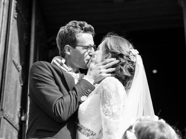 Le mariage de Guillaume et Mathilde à Bécon-les-Granits, Maine et Loire 66