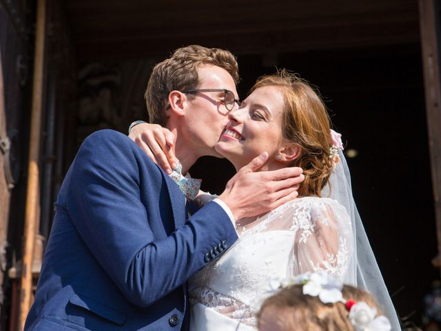 Le mariage de Guillaume et Mathilde à Bécon-les-Granits, Maine et Loire 67