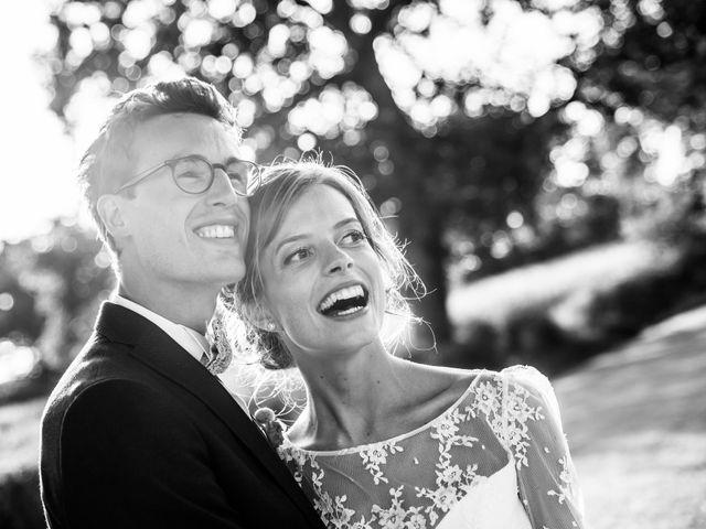 Le mariage de Guillaume et Mathilde à Bécon-les-Granits, Maine et Loire 1