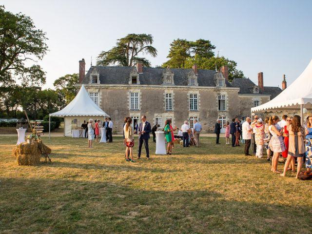 Le mariage de Guillaume et Mathilde à Bécon-les-Granits, Maine et Loire 128