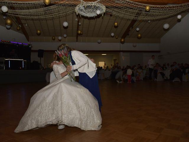 Le mariage de Yoann et Lindsay à Poitiers, Vienne 46