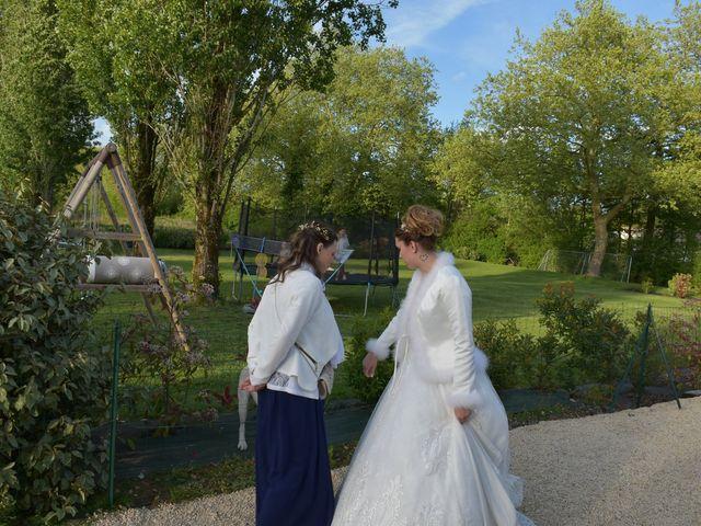 Le mariage de Yoann et Lindsay à Poitiers, Vienne 47
