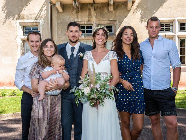 Le mariage de Loic et Marine à Aix-les-Bains, Savoie 20