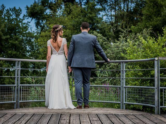 Le mariage de Loic et Marine à Aix-les-Bains, Savoie 32