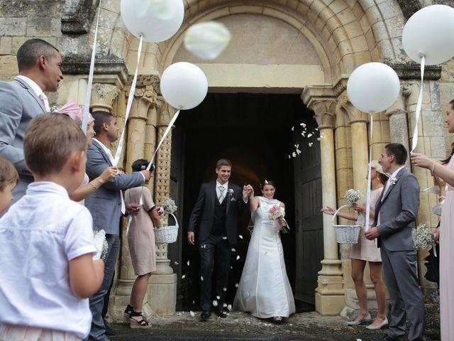 Le mariage de Clément et Noëlie à Menetou-Couture, Cher 10