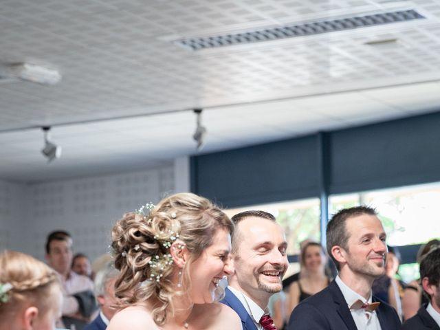 Le mariage de Christophe et Lysiane à Mirefleurs, Puy-de-Dôme 13