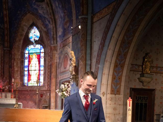 Le mariage de Christophe et Lysiane à Mirefleurs, Puy-de-Dôme 15