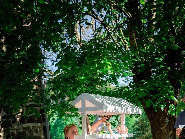Le mariage de Christophe et Lysiane à Mirefleurs, Puy-de-Dôme 28