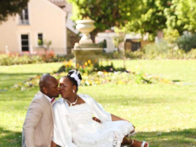 Le mariage de Anselme et Célia à Saint-Germain-lès-Corbeil, Essonne 1