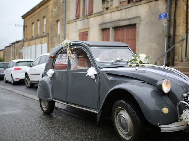 Le mariage de Arnaud et Ambre à Brieulles-sur-Bar, Ardennes 6