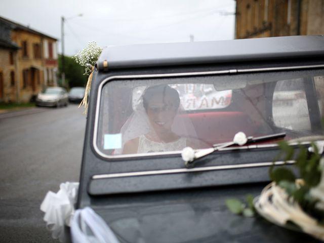 Le mariage de Arnaud et Ambre à Brieulles-sur-Bar, Ardennes 10