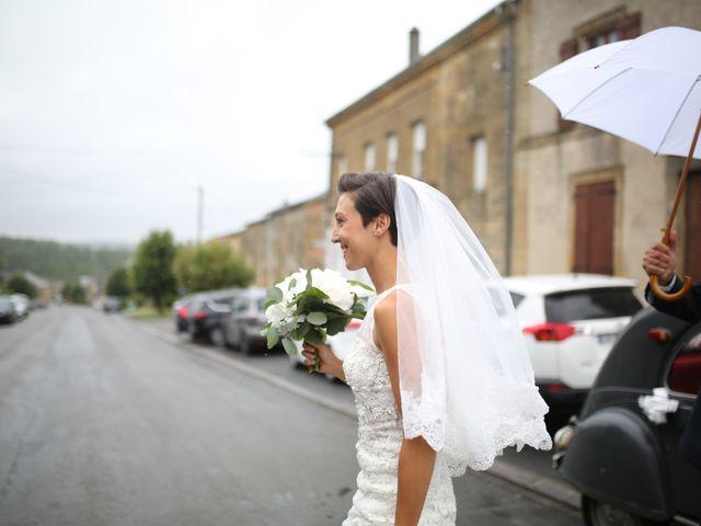 Le mariage de Arnaud et Ambre à Brieulles-sur-Bar, Ardennes 14