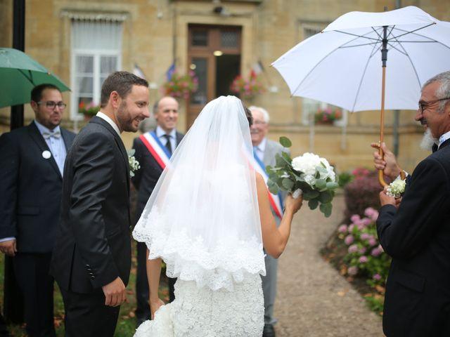 Le mariage de Arnaud et Ambre à Brieulles-sur-Bar, Ardennes 17