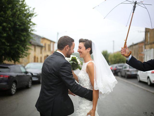 Le mariage de Arnaud et Ambre à Brieulles-sur-Bar, Ardennes 18