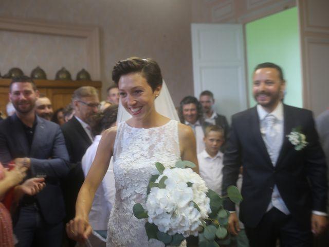 Le mariage de Arnaud et Ambre à Brieulles-sur-Bar, Ardennes 20