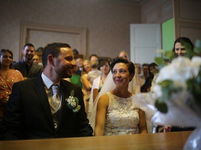 Le mariage de Arnaud et Ambre à Brieulles-sur-Bar, Ardennes 23