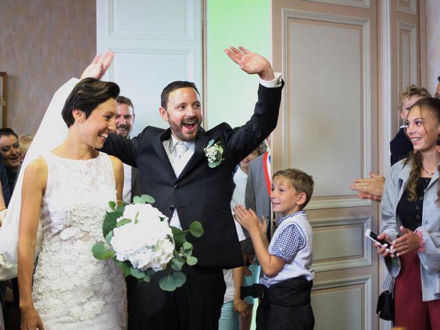 Le mariage de Arnaud et Ambre à Brieulles-sur-Bar, Ardennes 24