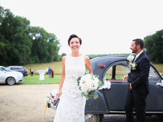 Le mariage de Arnaud et Ambre à Brieulles-sur-Bar, Ardennes 56