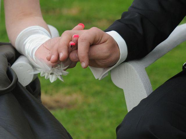 Le mariage de Jean David et Isabelle à Celles-sur-Belle, Deux-Sèvres 56