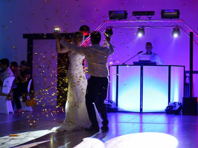 Le mariage de Fabien et Vanessa à Ouézy, Calvados 16