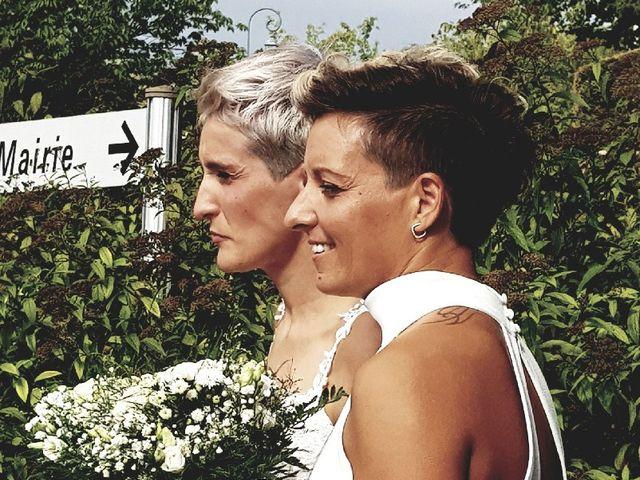Le mariage de Rebecca et Emmeline à Ayen, Corrèze 7