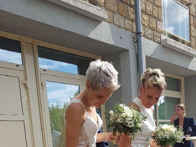 Le mariage de Rebecca et Emmeline à Ayen, Corrèze 9