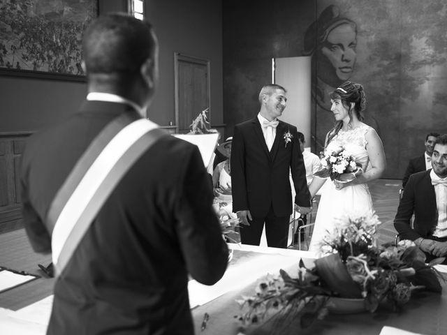 Le mariage de Aurélien et Marine à Orges, Haute-Marne 16