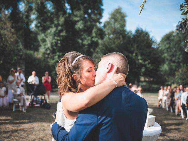 Le mariage de Aurélien et Marine à Orges, Haute-Marne 22