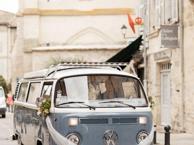 Le mariage de Romain et Alissa à Villeneuve-les-Avignon, Gard 9